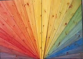 Pour donner des couleurs naturelles au salon de jardin en palette bois et protéger le bois, lasure bois bio disponible en 1000 couleurs de Auro