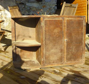 relooker meuble en bois avec peinture pour meuble effet cuir couleur noir et taupe des peintures et enduits décoratifs Libéron, photo Avant