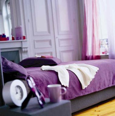 Déco chambre avec palette de parme et violet pour une ambiance féminine