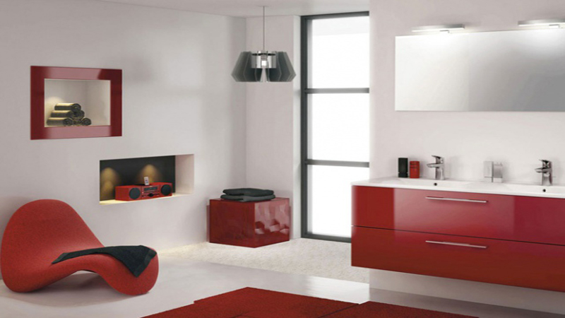 Peinture, carrelage, meubles et revêtement de sol, la salle de bain mise sur les couleurs toniques pour faire sa déco