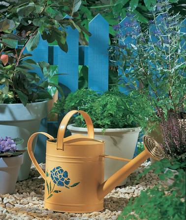 Peinture fer sur rouille sans sous-couche Protect'Fer Astral sur arrosoir de jardin en fer