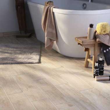 Imitazione parquet pavimento e rivestimento legno chiaro 15 x 60,5 cm Lignium Salento 23,48 € Castorama