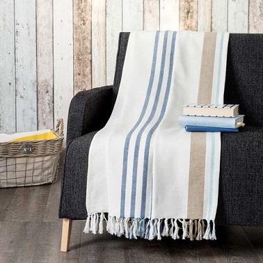 jete de lit en coton doté de rayures bleues et marron