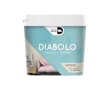 La peinture à effet nacrée Diabolo s'applique en une seule couche sur tous les murs de la maison. Disponible en 10 couleurs déclinées en 5 harmonies rouge,vert, bleu, rose, jaune. Maison Déco