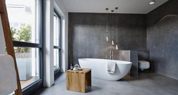 Idéal pour relooker la salle de bain en un rien de temps, le béton ciré fait la déco sur les murs et le sol de la salle de bain pour une pièce ultra tendance