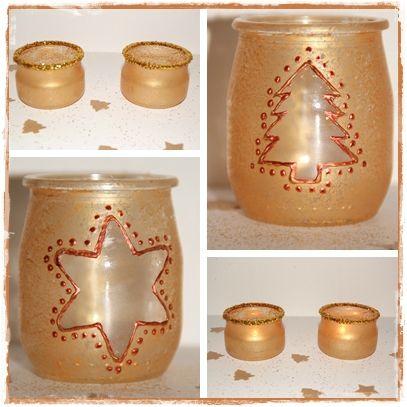 Photophore fait main à partir d'un pot de yaourt en verre, peint avec des motifs de Noël.